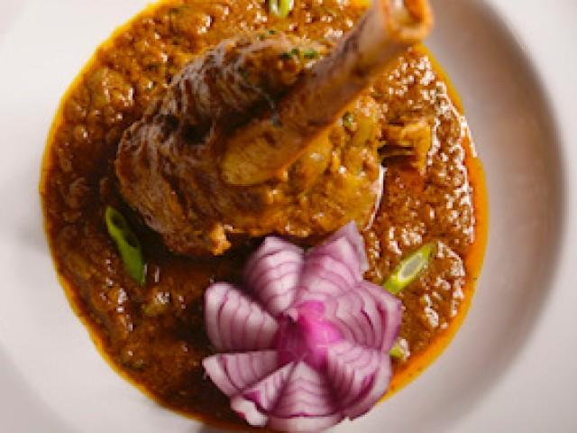 Shamrat slow cooked shank of lamb